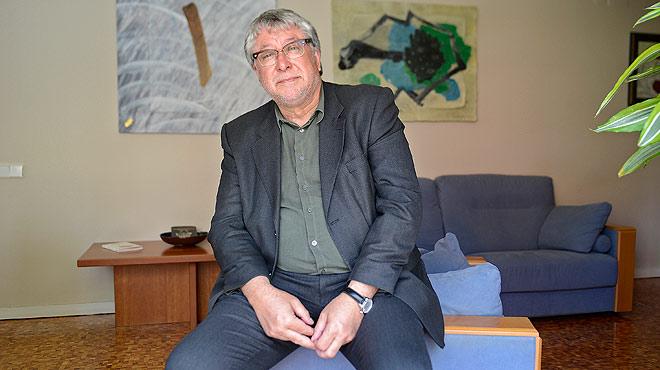 Entrevista con Antonio Balm�n, alcalde de Cornell�.