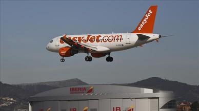 Una conversa sospitosa en un avió motiva un aterratge d'emergència a Colònia