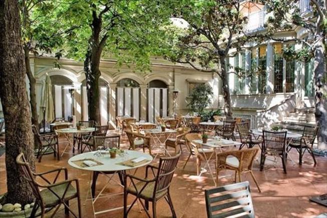 Las mejores terrazas interiores de barcelona for Terrazas interiores