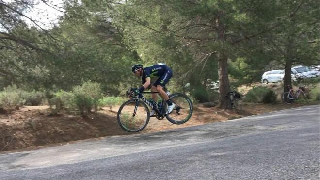 El salto de Alejandro Valverde en la Vuelta a Murcia.