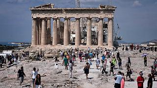 Turistas sin corralito pero impactados