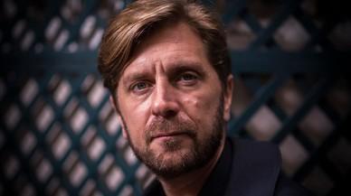 """Ruben Östlund: """"Los seres humanos somos animales rabiosos"""""""