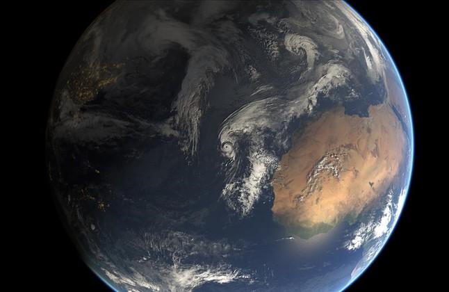 tormenta subtropical Alex en el Atlantico