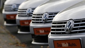 xperez31711873 volkswagen cars are lined up for sale at a car sho160226114225