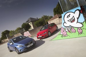 Volkswagen Golf GTI Performance frente a Volvo V40 T5 R-Design.