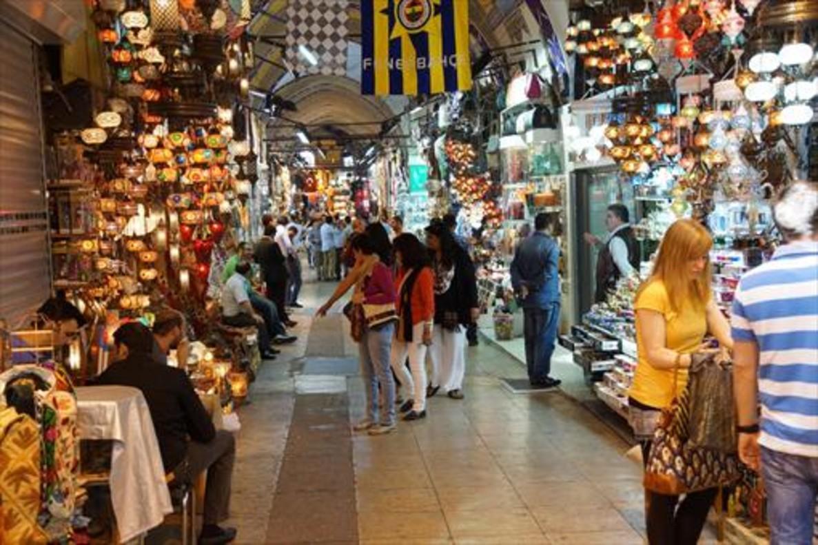 Turqu a da m s vacaciones para estimular el turismo for Oficina de turismo estambul