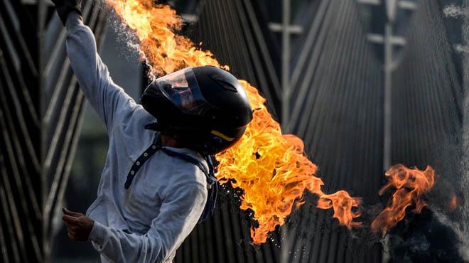 Enfrontaments a Caracas