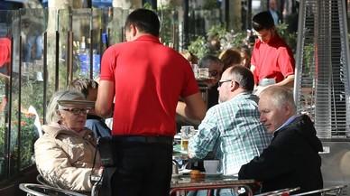 Els sous a l'hostaleria de Catalunya pujaran un 5,6% en tres anys