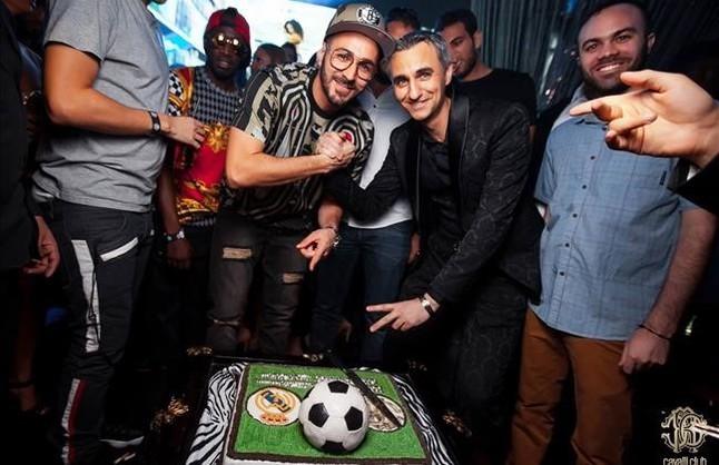 Benzema se corre una juerga de lujo en Dub�i antes de volver a Madrid