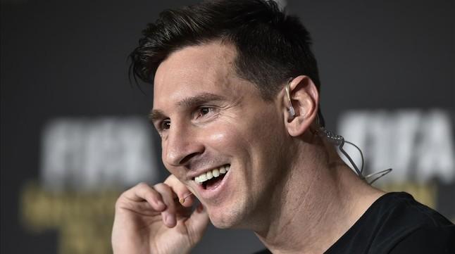 Messi ya est� en casa tras la operaci�n de sus problemas renales