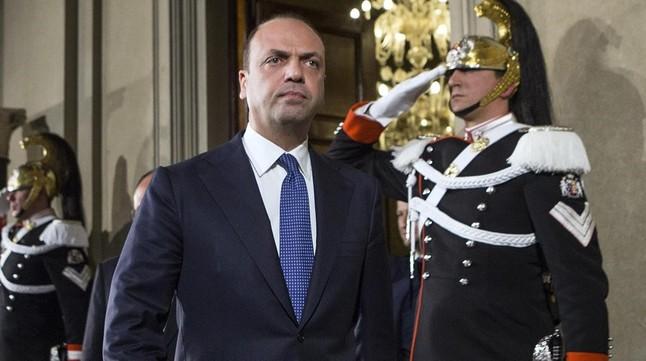 "Un ministro italiano pide que el alquiler del �tero se considere un ""crimen universal"""