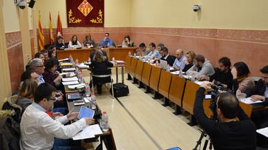 El Ple de Rubí aprova acompanyar les persones afectades per les pràctiques abusives de les entitats financeres