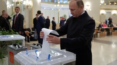 El partit de Putin guanya unes eleccions marcades per l'alta abstenció i les irregularitats
