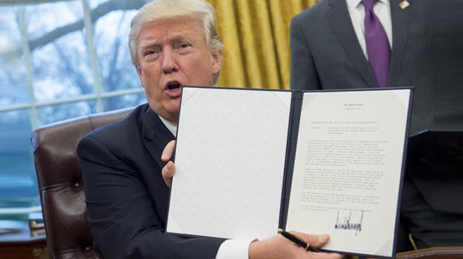 Trump retira els EUA de l'Acord Comercial Transpacífic en un dels seus primers decrets