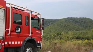Deu persones intoxicades en l'incendi d'un pis a Badalona