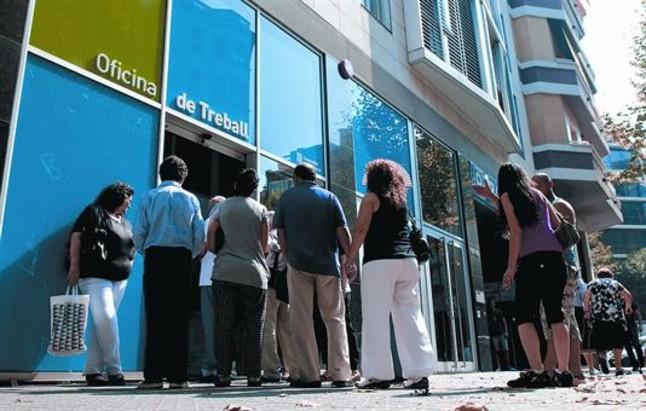 la crisis aboca a una avalancha de parados a la renta m nima