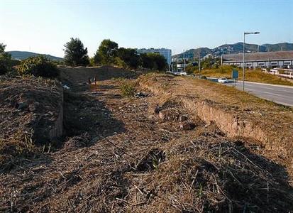 Solar donde se conservan restos del Rec Comtal, que traía el agua del Besòs, y del molino de Sant Andreu.