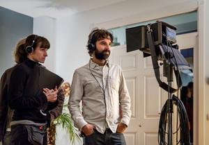 Mateo Gil, en un moment del rodatge de Proyecto Lázaro.