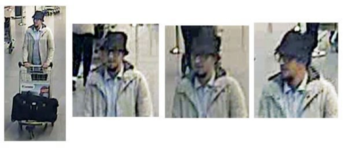 El terrorista del sombrero, en el aeropuerto.
