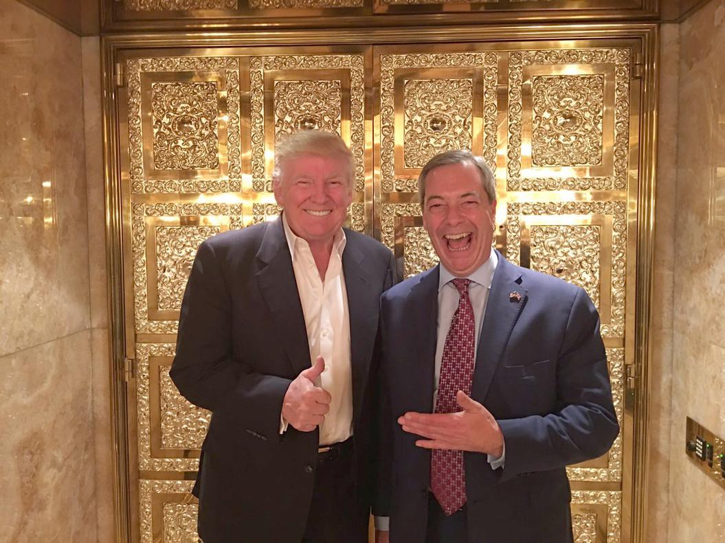Donald Trump y Nigel Farage, juntos en la torre Trump