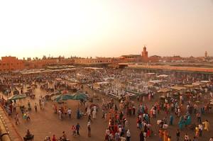 1280px-maroc marrakech jemaa-el-fna luc viatour