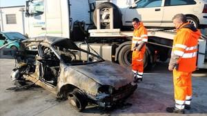 zentauroepp41209939 el cotxe que s ha incendiat a l accident mortal de l ap 7 d 171206101243
