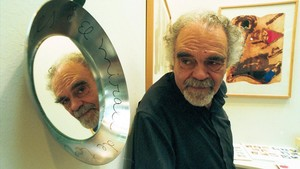 Josep Guinovart, en una feria de arte en Montjuïc, en el 2001.