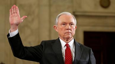 El fiscal general de EEUU ocultó que mantuvo contactos con Rusia durante la campaña