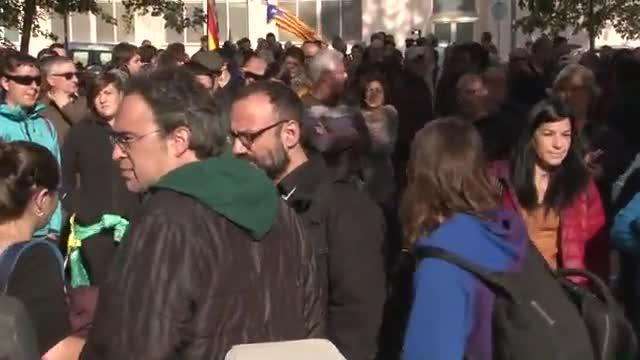 Detinguda l'alcaldessa de Berga, acusada de delicte electoral per no despenjar una estelada