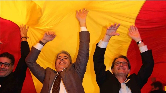 Mas demana unir el vot agitant la por a un pacte PP-Ciutadans