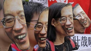 China silencia la muerte de Liu Xiaobo y avisa a Occidente de que no se meta en sus asuntos