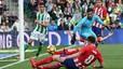 El Atlético no falla ante el Betis (0-1)