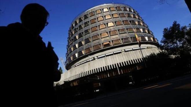 El Tribunal Constitucional suaviza el veto a la ley contra la pobreza energética