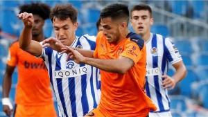 El Valencia saca tres puntos de oro en el Reale Arena
