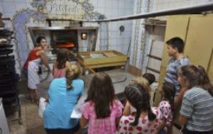"""Millares se queda sin su único horno tras la """"espantada"""" del nuevo panadero"""