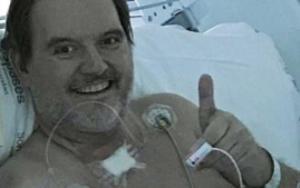 """El médico curado de coronavirus: """"Pido a todo el mundo que se cuide"""""""