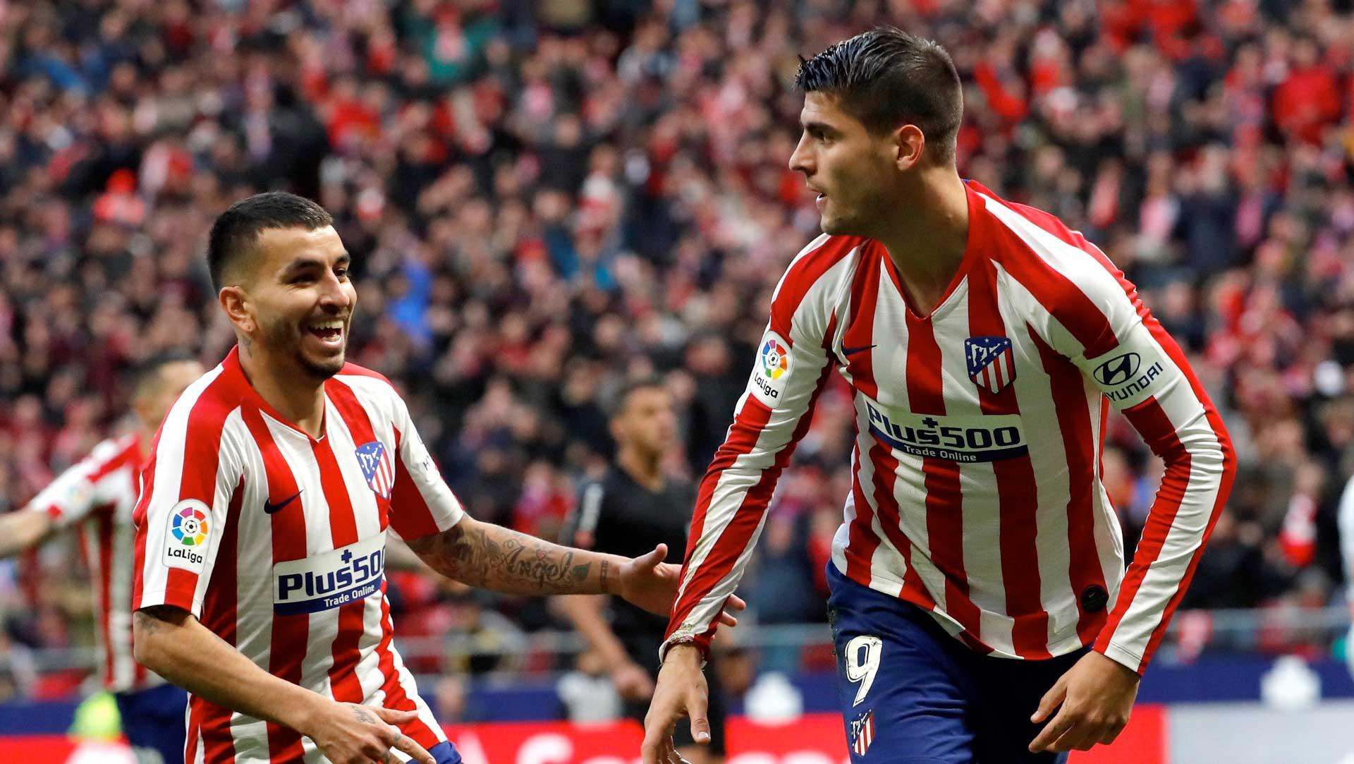 Morata y Correa festejan un gol del Atlético de Madrid.