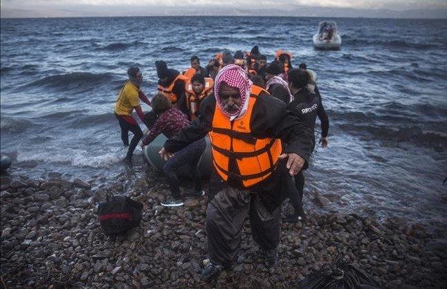 Llegada, el viernes, de un grupo de refugiados a Lesbos.