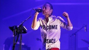 zentauroepp23012132 singer thom yorke of the band atoms for peace performs dur180123133352