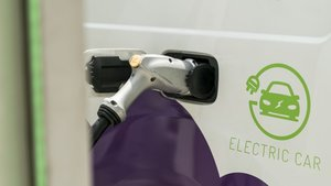 'Endolla Barcelona' esuna red formada por 503 puntos eléctricos en la vía pública y los aparcamientos municipales.
