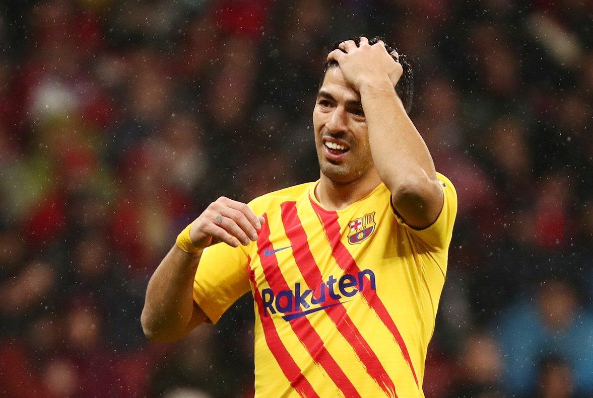 El uruguayo Luis Suárez se lamenta durante el último partido del Barça.