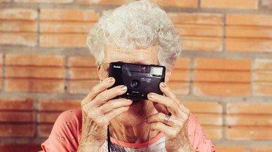 """El bonito relato que recuerda que las abuelas no están para siempre: """"Hay que cuidarlas y disfrutarlas"""""""