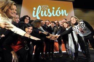 Albert Rivera, con los candidatos de C's en Castilla-La Mancha, ayer en Toledo.