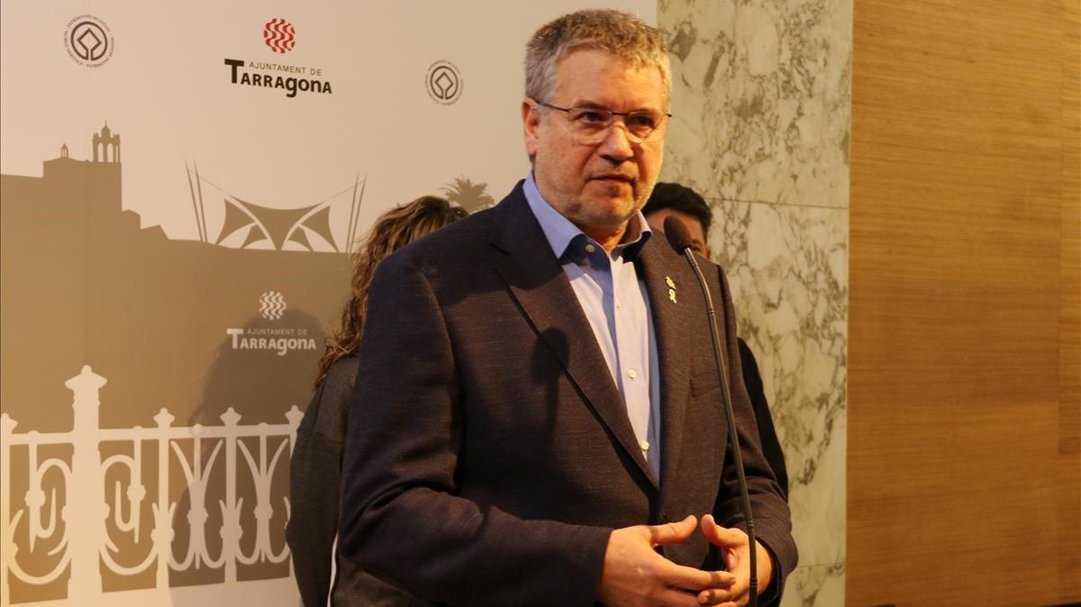 El alcalde de Tarragona, Pau Ricomà, en una rueda de prensa este 10 de enero