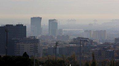 La contaminación por NO2 sigue sin mejorar en el área de Barcelona