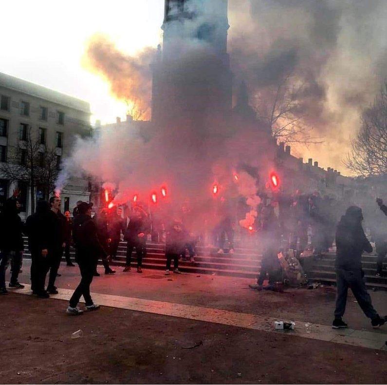 ⚠️ El Barcelona condena los incidentes de los Boixos en Lyon