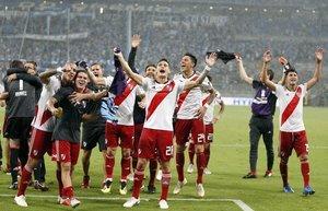 Los jugadores del River celebran la clasificación para la final de la Libertadores ante el Gremio de Porto Alegre.