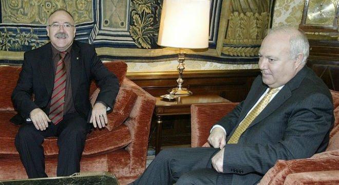 Josep Lluís Carod-Rovira y Miguel Ángel Moratinos durante la reunión que mantuvieron el 31 de enero del 2007, cuando el primero era vicepresidente de la Generalitat y el segundo, ministro de Exteriores.