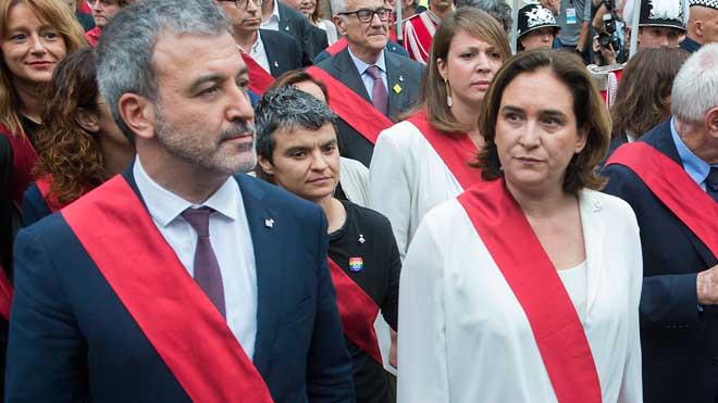 Colau repite como alcaldesa de Barcelona con los apoyos de PSC y Cs.