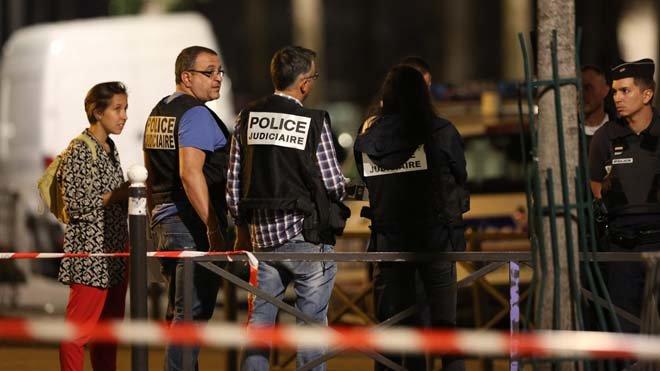 Detenido un hombre en París por atacar a siete personas con un cuchillo y una barra de hierro.